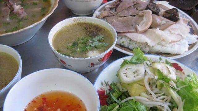Tổng hợp đặc sản Bà Rịa Vũng Tàu: Bánh hỏi cháo lòng - Vietflavour