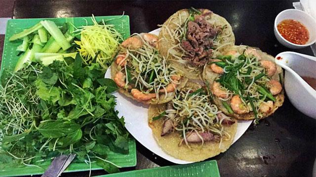 Tổng hợp đặc sản Bình Định: Bánh xèo tôm nhảy - Vietflavour