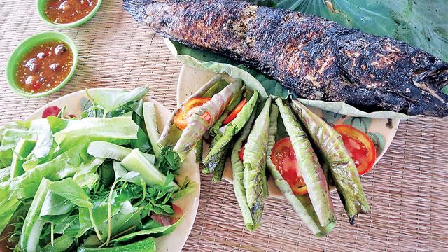 Cá lóc nướng trui - Đặc sản miền Tây - Vietflavour