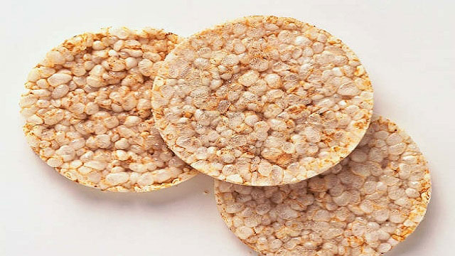 Tổng hợp tất cả đặc sản Vĩnh Phúc: Bánh gạo Tiên Lữ - VietFlavour.com