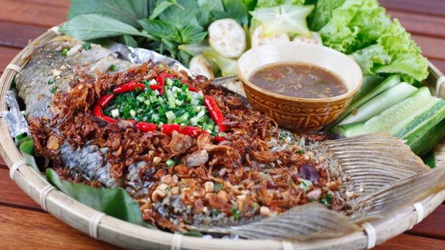 Món cá chiên ngon nhất: Cá tai tượng chiên xù - VietFlavour.com