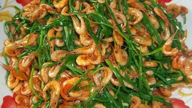 Tép đồng phi hành là món ăn ghi đậm dấu ấn vào lòng mỗi người dân xa quê - VietFlavour.com