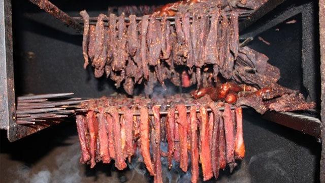 Thịt gác bếp ngon nức tiếng