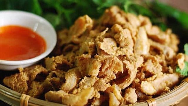Thịt heo muối chua là đặc sản của nhiều tỉnh thành Tây Bắc - VietFlavour.com