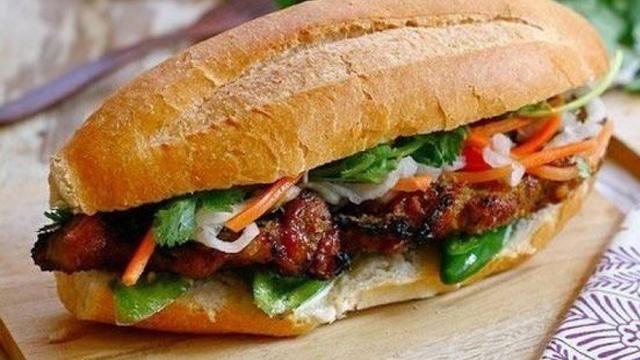 bánh mì không chỉ là đặc sản của Sài Gòn mà nó còn là biểu tượng của nền ẩm thực Việt Nam - VietFlavour